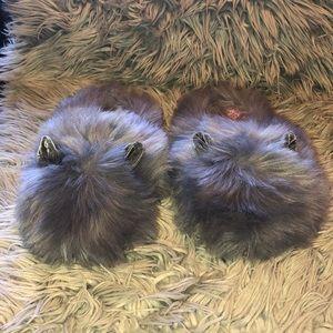 Steve Madden grey fluffy cat slippers 9/10